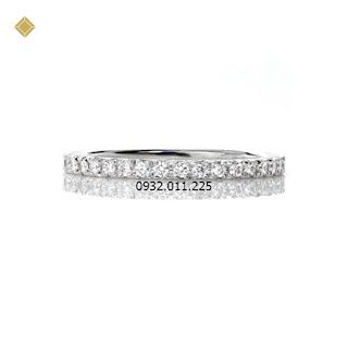 Nhẫn nữ kim cương thiết kế cổ điển