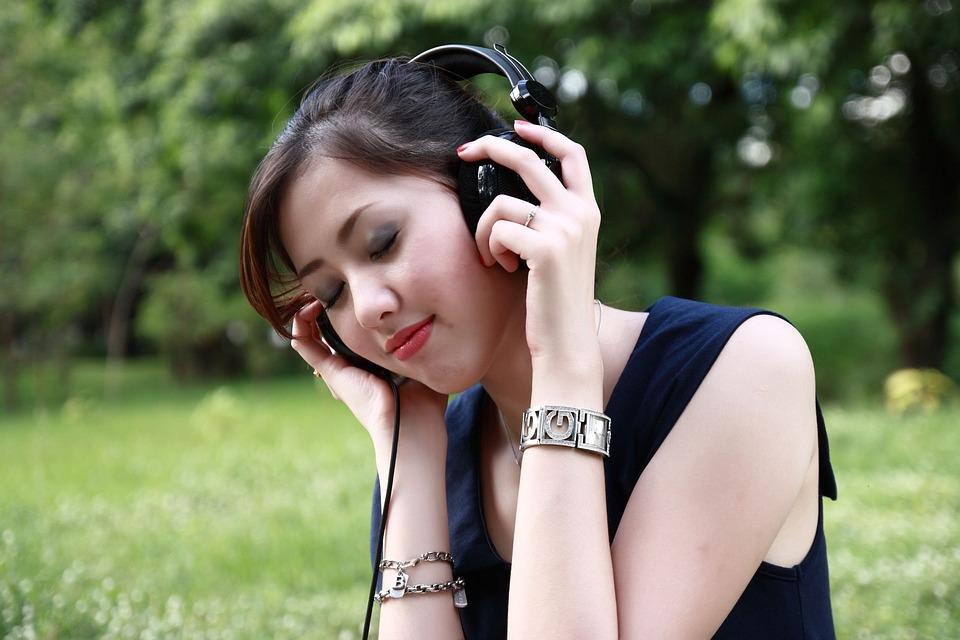 audio-thomas-and-friends-trem-de-brinquedo-teoria-de-piaget-maternidade-filhos-desenvolvimento-infantil-adolescente