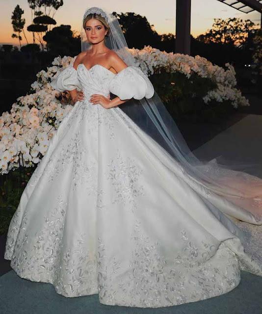 Thassia naves vestido casamento