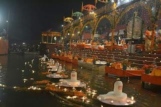 deep-on-dedh-diwali-varanasi
