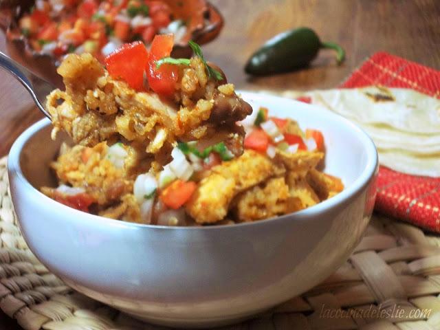 Arroz Con Pollo Y Frijoles {Rice W/ Chicken & Beans}