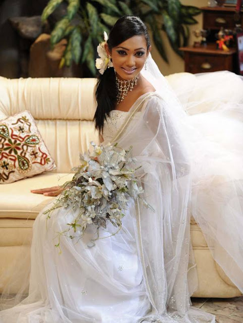 yureni noshika in sri lankan country bridal dress photo gallery