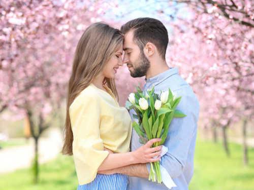 Любовный гороскоп на апрель 2020 года Фото эмоции успехи удивительное счастье Правило первая помощь Отношения любовь Любовный гороскоп зрение знаки зодиака Гороскоп выбор Вселенная богатство