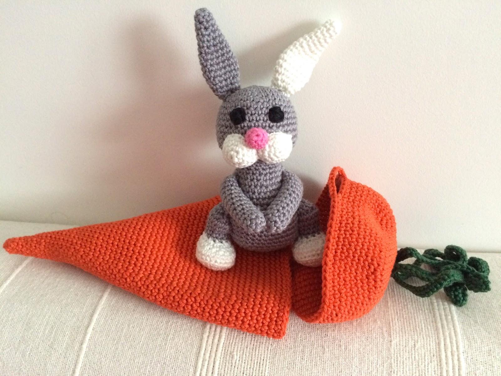 Doudou lapin au crochet – patron gratuit | Mon P\'tit Trésor | 1200x1600