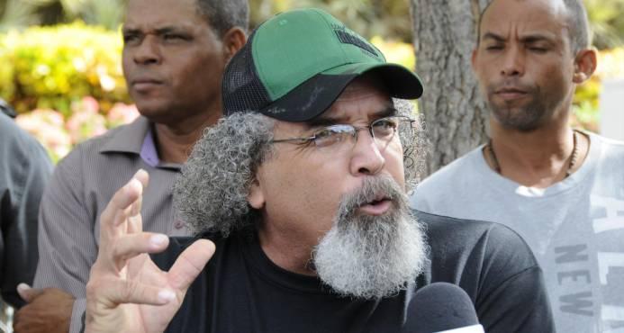 Ordenan traslado de Rogelio Cruz a Colombia; él dice que no se va