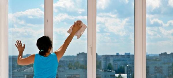 Tips Bersihkan Kaca Lebih Bening, Bersih & Mengkilap