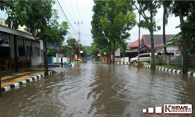 Banjir Rendam Sejumlah Ruas Jalan di Kota Sinjai, Ini Kata Kepala BPBD Sinjai