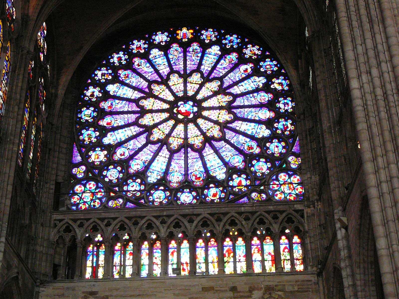 Sugers Church Was One Of The Wonders His Age And He Made Sure Would Be Remembered For It In A Stained Glass Window Today At Louvre