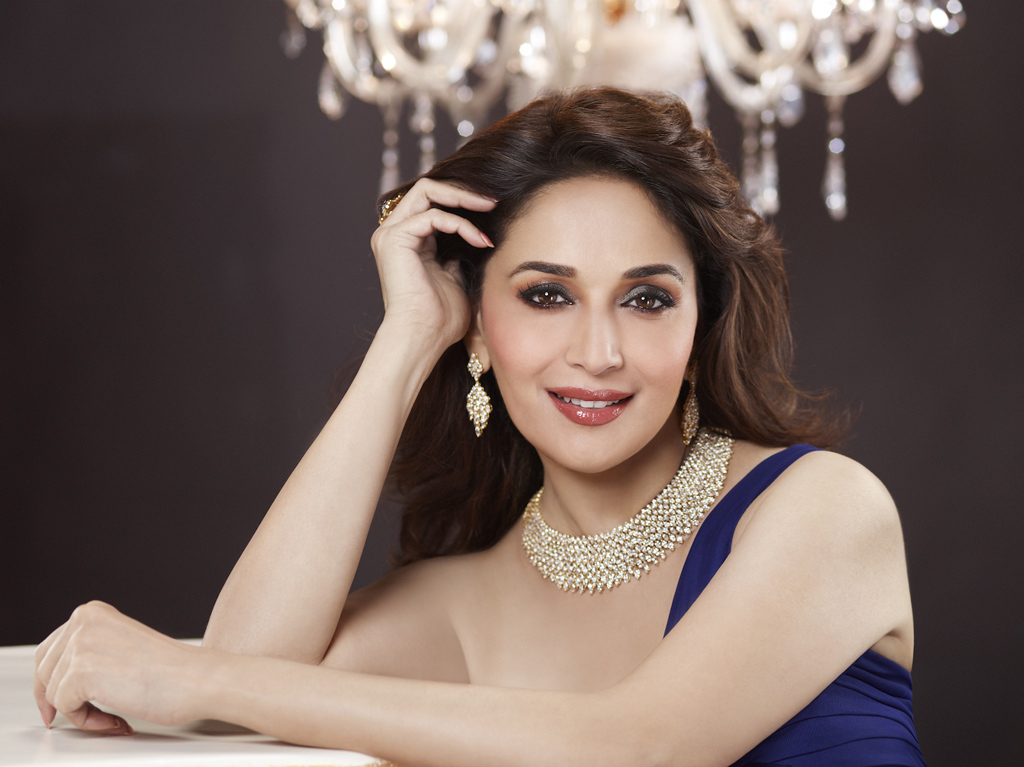 Madhuri Dixit Beautiful Hd Wallpaper Letest Picture Hd Images