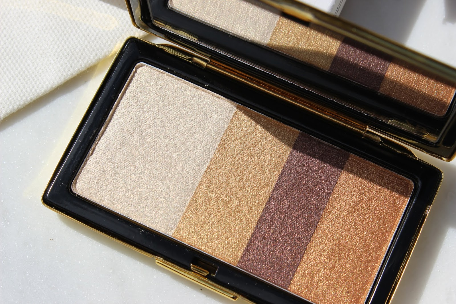 Victoria Beckham Beauty Smoky Eye Brick in Silk | Review & Swatches