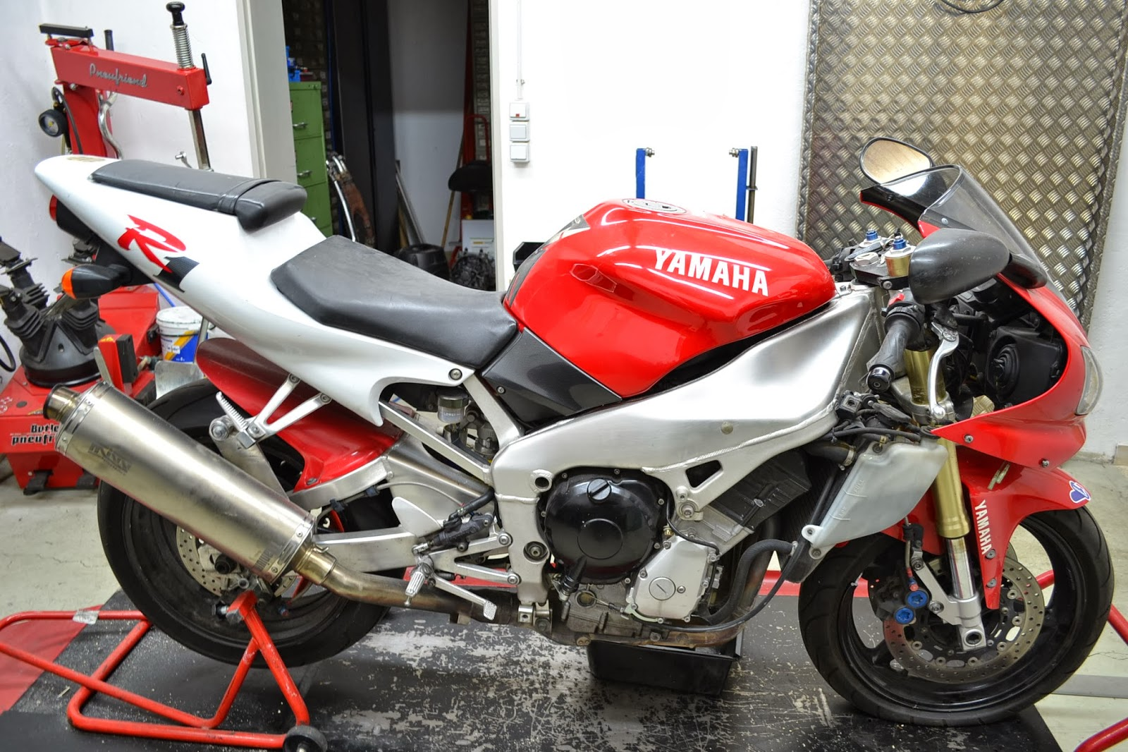 gebrauchte motorradteile schraubertipps motorradersatzteile von einer yamaha yzf r1 rn01