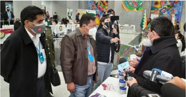 El gobierno promueve ferias de medicamentos tradicionales para combatir el coronavirus