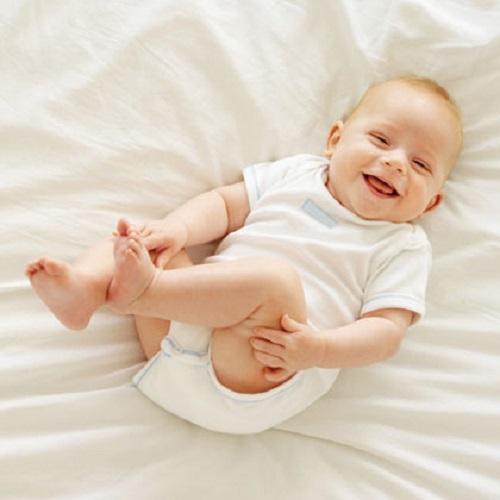Photo bébé rire