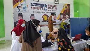 DPC Partai Gerindra Adakan Vaksin Massal di Desa Tani Makmur Inhu