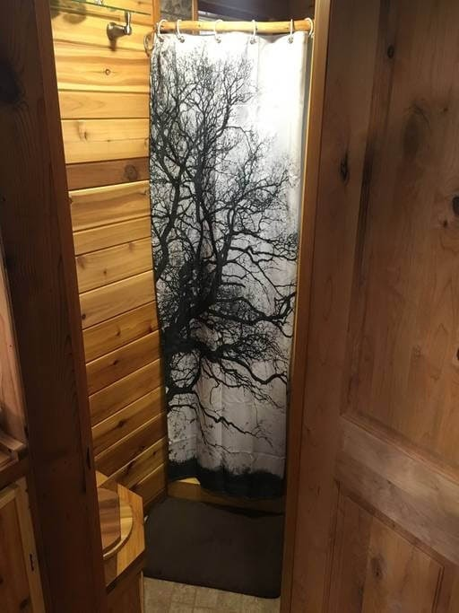 05-Shower-Room-Andrew-Airbnb-Tiny-House-Architecture-in-Marrowstone-Washington-www-designstack-co