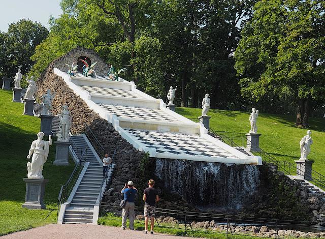Петергоф, каскад Шахматная гора (Peterhof Cascade Chess Mountain)