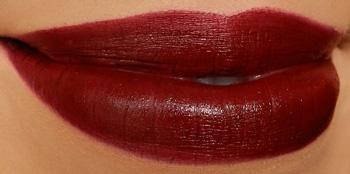http://1.bp.blogspot.com/-Q4teoHuvUQQ/UJBP_bu-1CI/AAAAAAAANkA/mFq2sJ0bgC8/s1600/wetnwild-cherry-bomb-lipstick-swatch.jpg