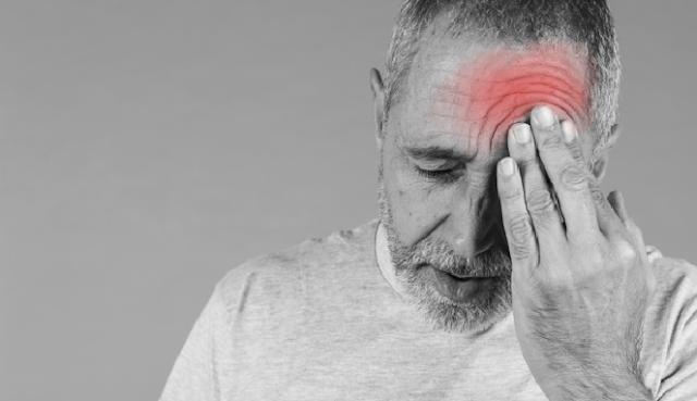 6 Cara menyembuhkan sakit kepala secara alami di rumah