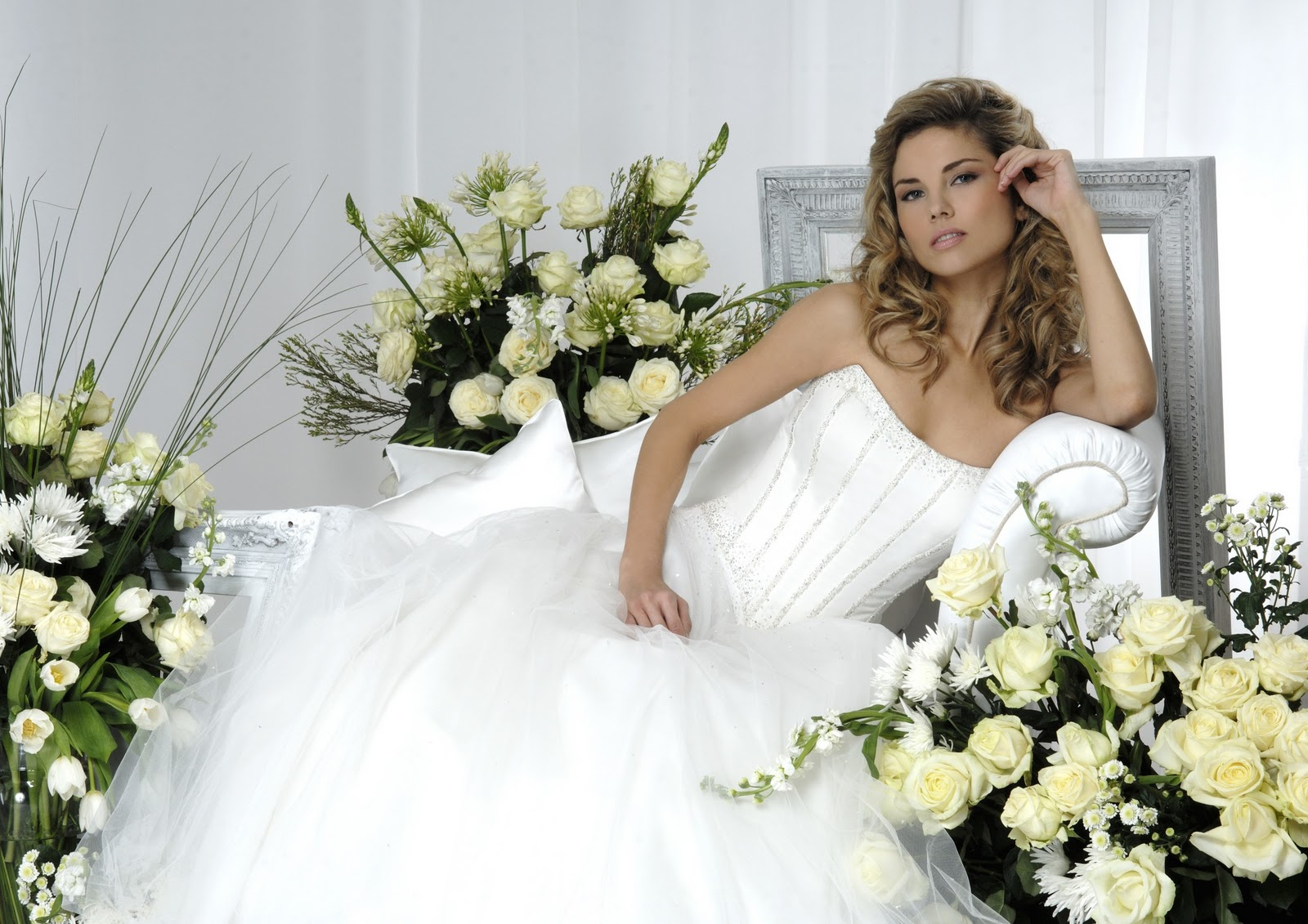 Jewelry Designs: Hot Brides