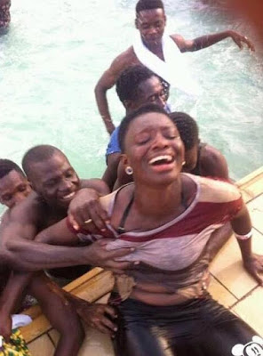 Dafuq? Teenage Boys Fondle Breasts Of Female Swimmer After Saving Her From Drowning
