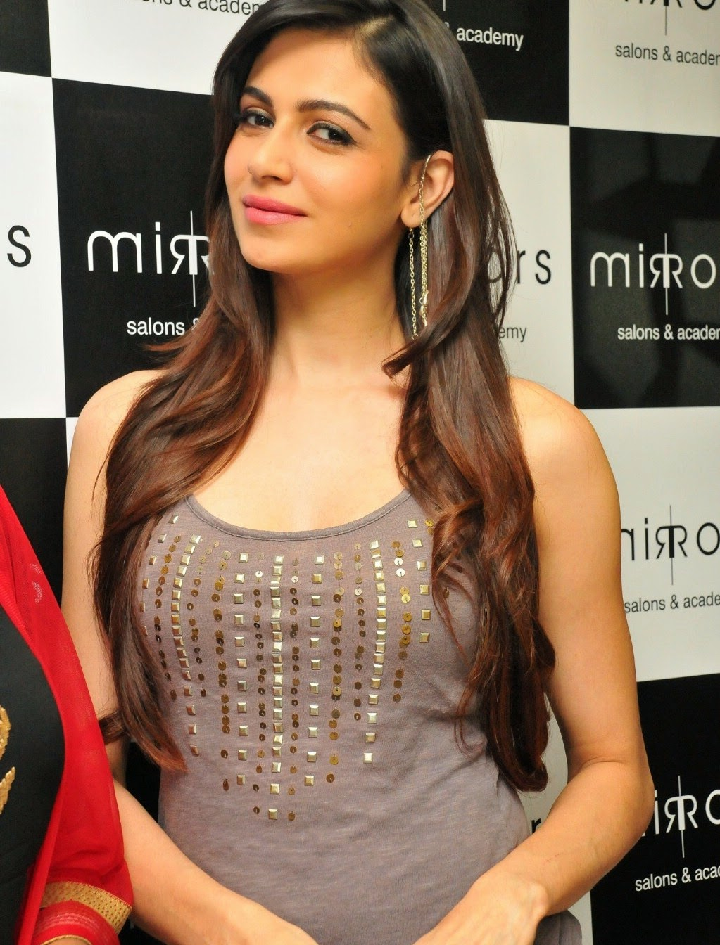 High Quality Bollywood Celebrity Pictures: Miss India