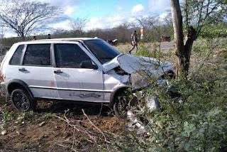 Colisão entre carro e moto deixa dois mortos em rodovia da Paraíba