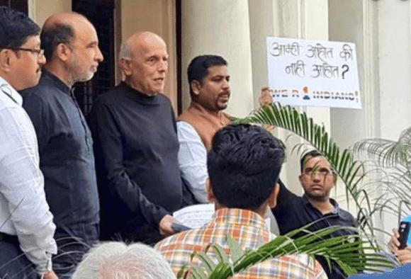 नागरिकता कानून के विरोध में आलिया भट्ट के पापा महेश भट्ट