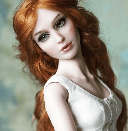Anastasiya e Sergey Lutsenko e suas bonecas realistas