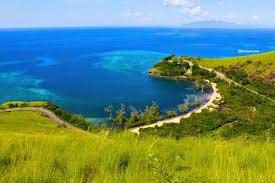 Menikmati Keindahan Pantai Tanjung Kajuwulu Di Pulau Flores  MENIKMATI KEINDAHAN PANTAI TANJUNG KAJUWULU DI PULAU FLORES