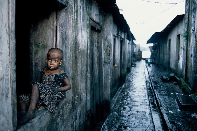Contoh Teks Eksplanasi Kemiskinan