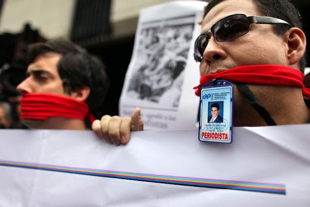 VENEZUELA: Expresión Libre: En Venezuela se violan los Derechos Humanos de los periodistas