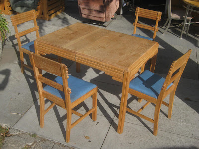 UHURU FURNITURE & COLLECTIBLES: SOLD - 1930s Kitchen Table ...