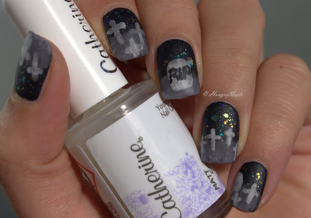 http://hungrynails.blogspot.de/2015/10/blue-friday-blue-hallows-eve.html