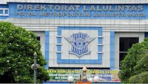 Ditlantas Polda Metro Jaya Gandeng Pecinta Alam HMI dalam pendistribusian Sembako