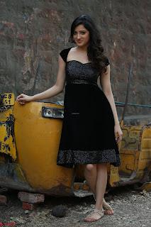 Richa Panai In Rakshaka Bhatudu HD Pics 13.JPG