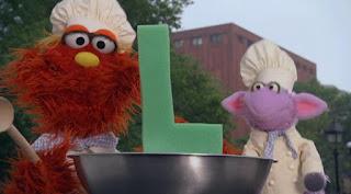Murray Ovejita Alphabet Cookoff letter L, Sesame Street Episode 4318 Build a Better Basket season 43
