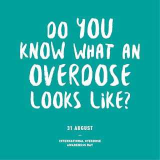"""White letters on a green square - """"Do you know what an overdose looks like?"""""""