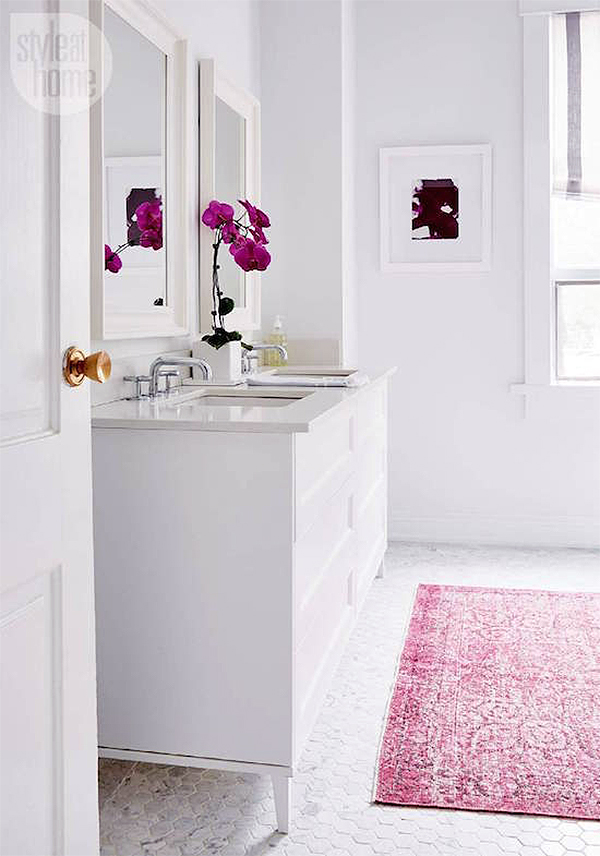 Superieur ... More Exciting Patterns And Broader Size Selections For More Spacious  Bathrooms. Today Iu0027ve Rounded Up My Top 5 Examples Of Chic Area Rugs In  Bathrooms.