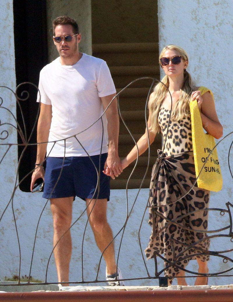 Paris Hilton quiere boda y planifica hijos con el empresario Carter Reum