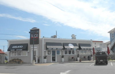 Slice Pizza Restaurant in North Wildwood