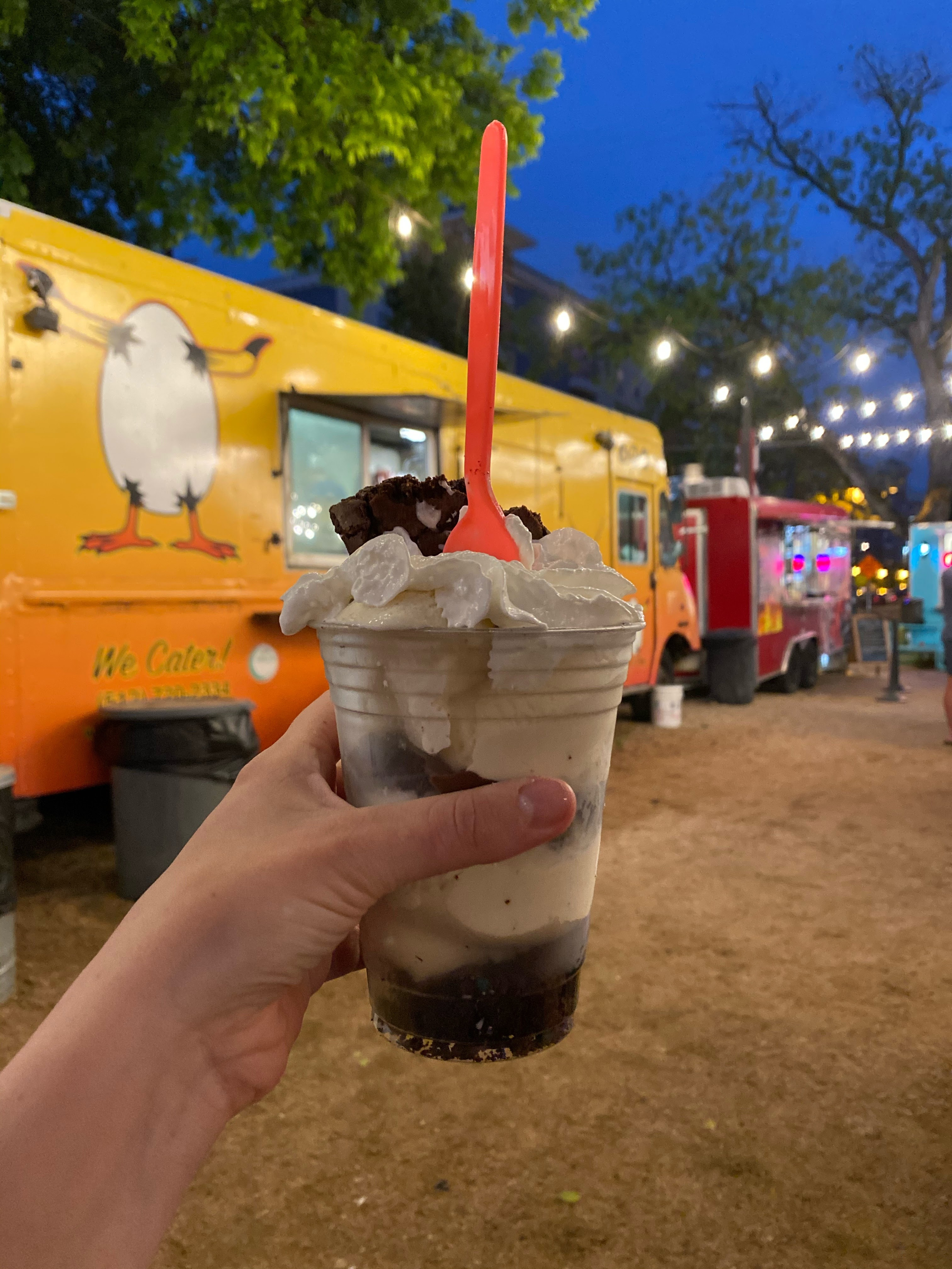 Cold Cookie Company Food Truck in Austin, Texas | www.biblio-style.com