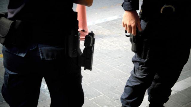 34χρονος συνελήφθη για ναρκωτικά και όπλα