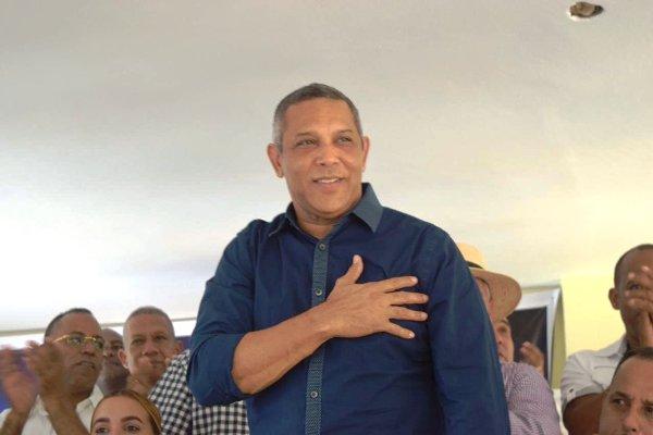 ALERTA27 : Franklin Romero felicita al PRM por civismo demostrado en  convención