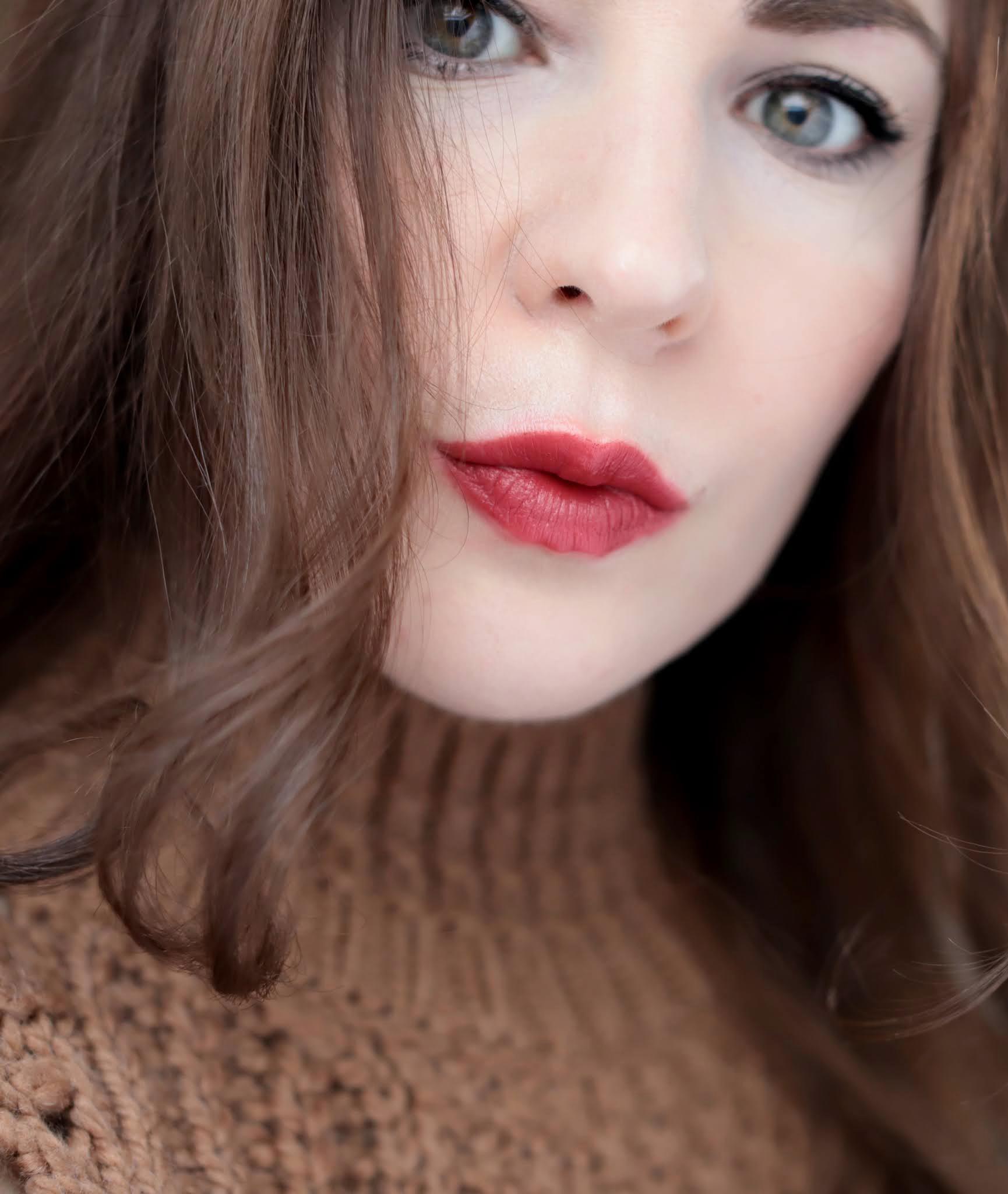 Chanel Rouge Allure Velvet 58 Rouge Vie