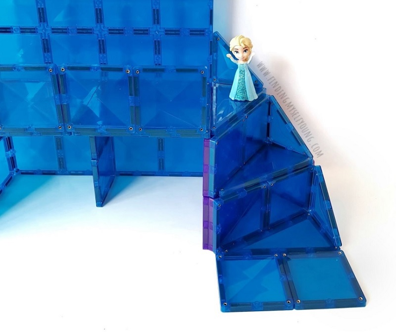 how to make a curved staircase with magnetic tiles