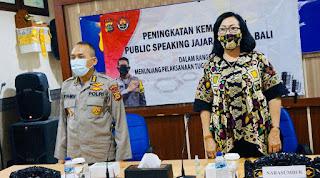 Santy Sastra Public Speaking, Kabid Humas Polda Bali Komisaris Besar Polisi Bapak Syamsi, S.H Ditlantas Polda Bali