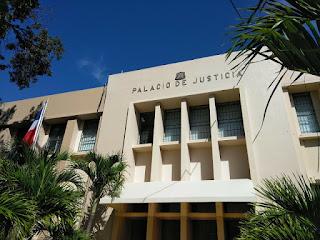 Imponen tres de prisión preventiva a dos jóvenes acusados de asaltar a obrero en Cabral