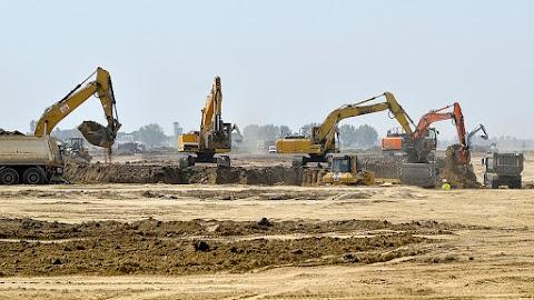 Nagy munka kezdődhet a debreceni BMW gyár területén