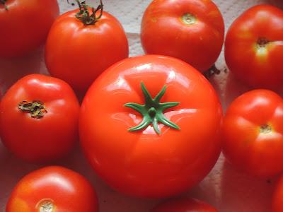 Zagrajmy w pomidora, czyli Tomatox Mask od Tony Moly