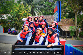 Transport angkutan body rafting di green canyon